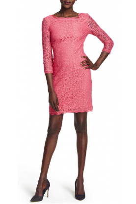 Long Sleeve Lace Sheath Dress in Pink