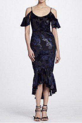 Black Cold Shoulder Fitted Midi Tea Velvet Dress