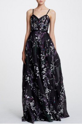 Black Sleeveless Floral Organza Gown N29G0845