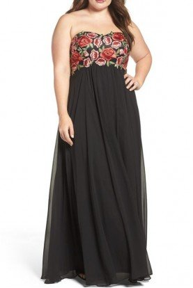 Black Floral Embroidered Empire Gown 184068