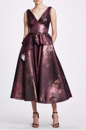 Metallic Jacquard Sleeveless Midi Dress in Plum